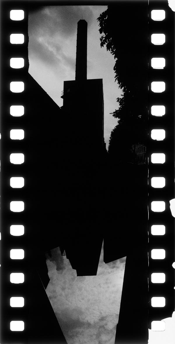 Noir-Vertical-007