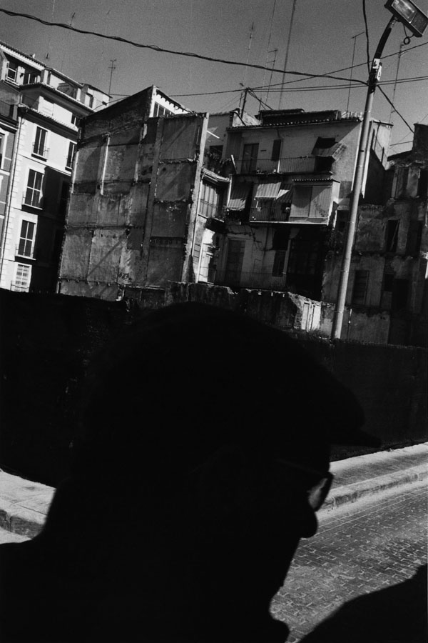 Noir-Vertical-009
