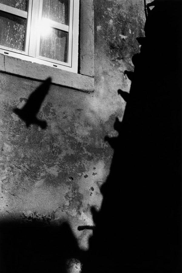 Noir-Vertical-027