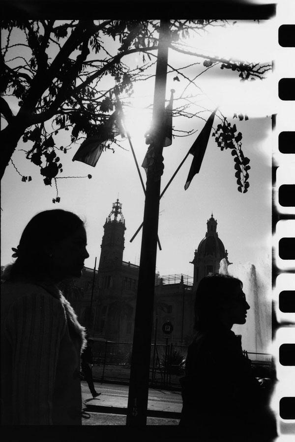 Noir-Vertical-032