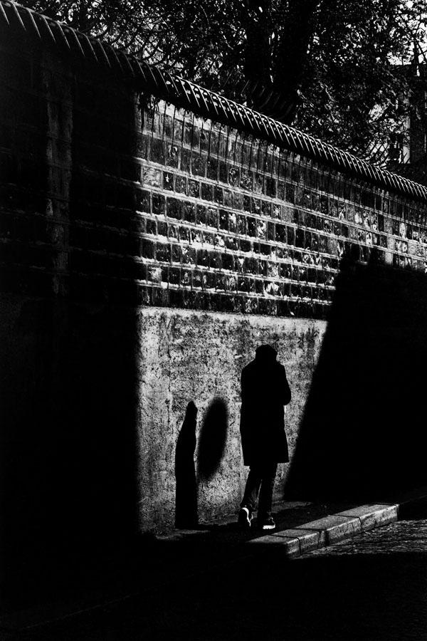 Noir-Vertical-036